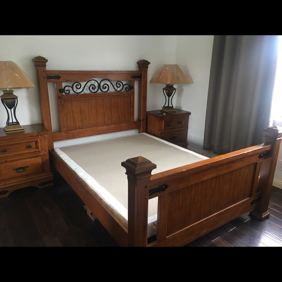 hot sale online 93afb 08043 5 Picese of Used Queen Size Bed Frame Set